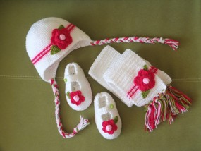 Sklep internetowy z odzieżą dla dzieci czapeczka i buciki na chrzest