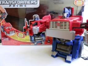 Hasbro TRANSFORMERS OPTIMUS PRIME Auto robot Hasbro TRANSFORMERS OPTIMUS PRIME Auto robot
