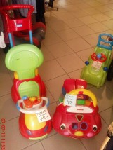Samochód-jeździk Chicco