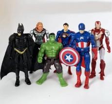 Gumowe Figurki Avengers